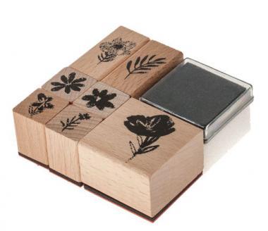 Holzstempel Crafted Nature, 7 St. Blumen + Kissen