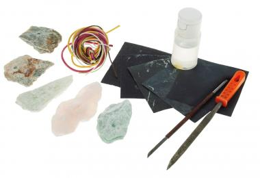 Set d'amulettes en stéatite, 18 éléments